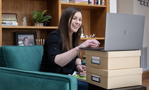 An Instructor teaching online